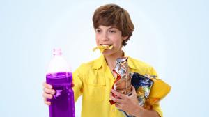 фон голубой мальчик с бутылкой copy
